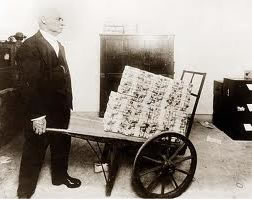 hyper-inflation-money