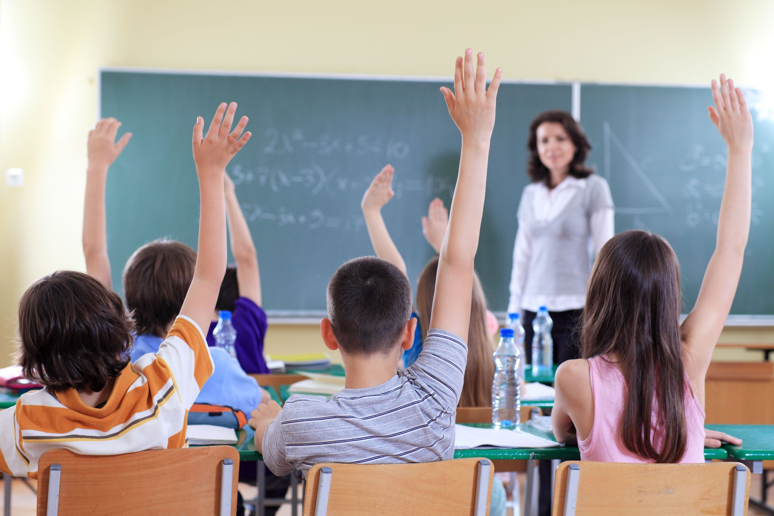 class-raising-hands